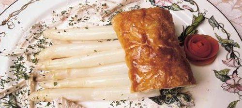 La predilezione per gli ingredienti naturali della cucina navarra da ai piatti di questa zona un sapore inconfondibile.