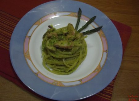 Spaghetti quadrati al pesto di asparagi e polpo