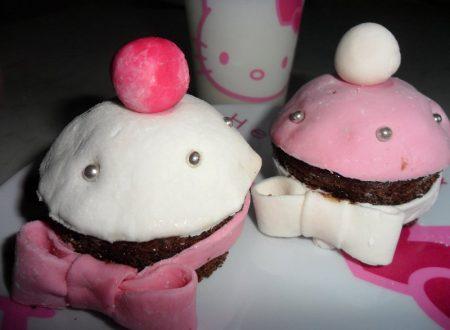 Cupcakes stile Hello Kitty