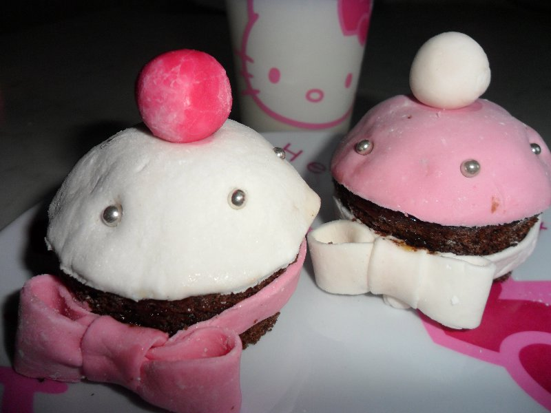 cupcakes stile hello kitty