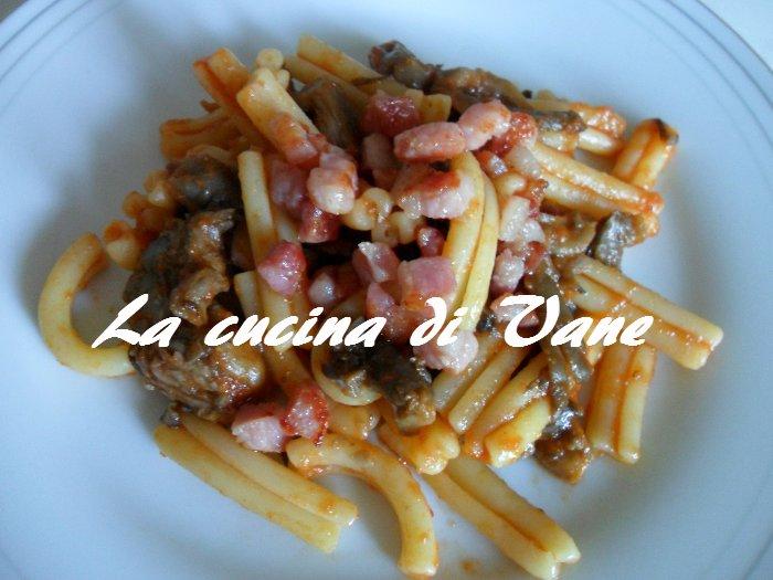 Fettuccine With Porcini And Pancetta Cream Recipes — Dishmaps