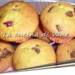 Muffin ricotta, fragole e cioccolato ricetta dolce