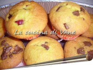 muffin ricotta, fragole e cioccolato