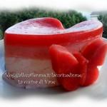 Cuore gelato di mousse di fragole