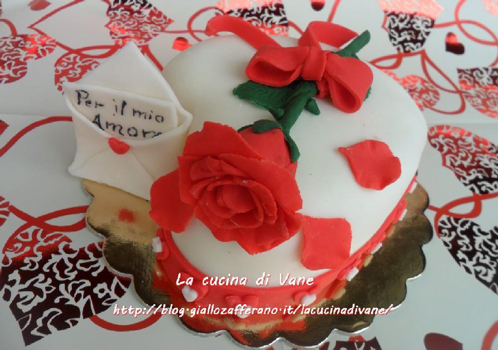 Red velvet cake decorata per san valentino - Decori per san valentino ...