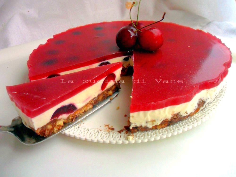 Torta fredda alle ciliegie dolce senza forno for Ricette dolci estivi