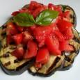 Melanzane grigliate con pomodorini e basilico ricetta | contorno light