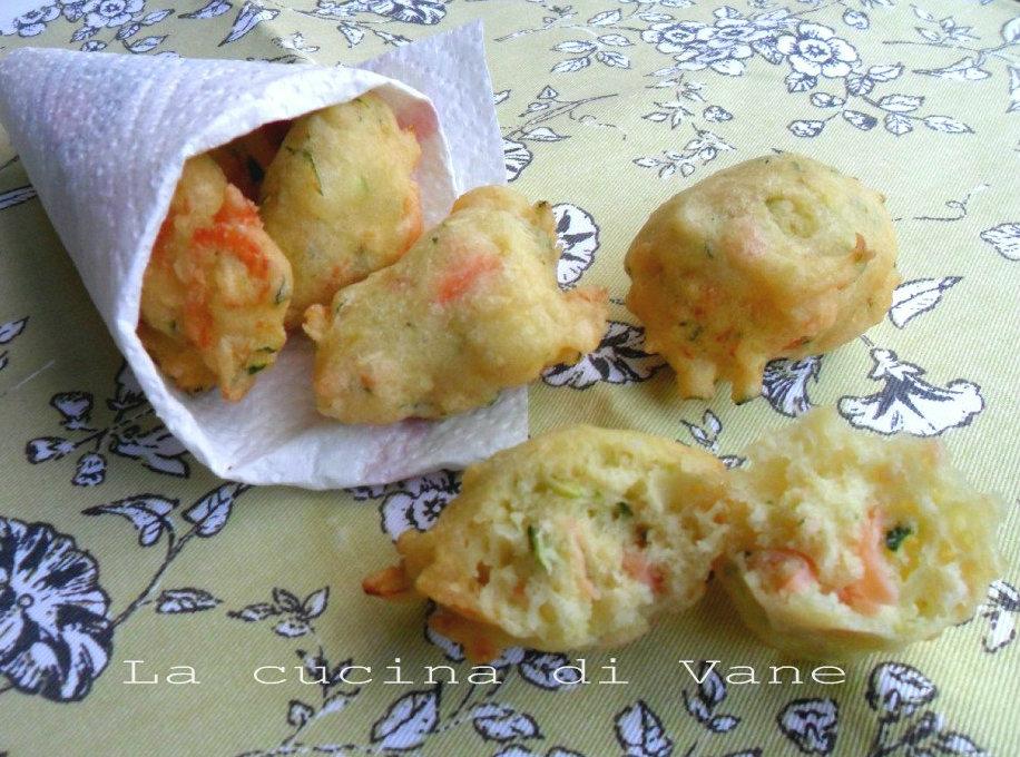 frittelle di salmone e zucchine al profumo di limone