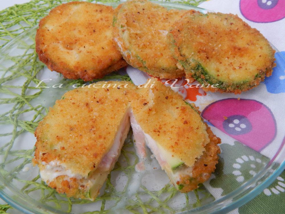 portafogli di zucchina con prosciutto e formaggio