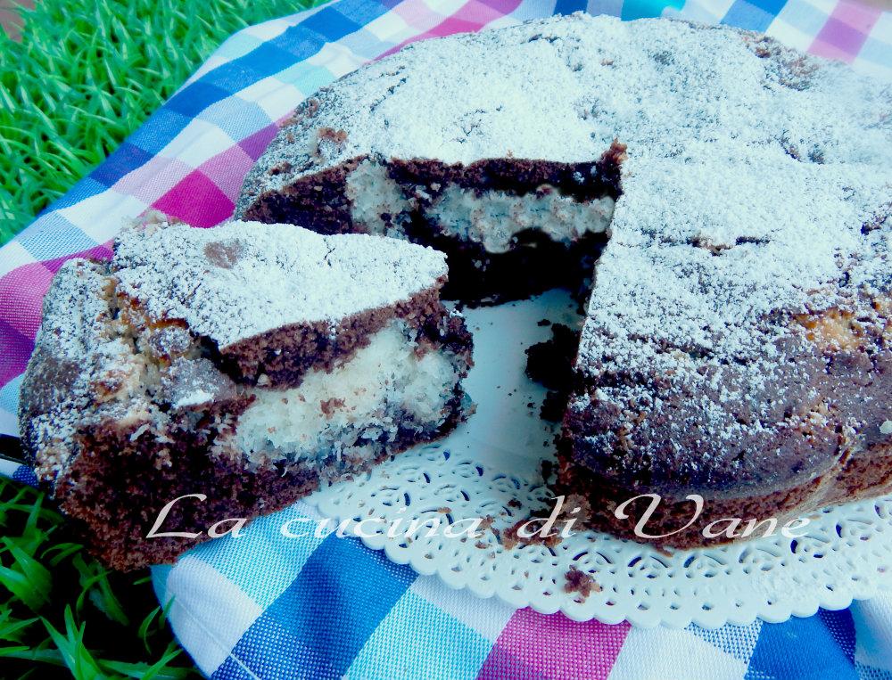 torta al cacao con cuore di cocco