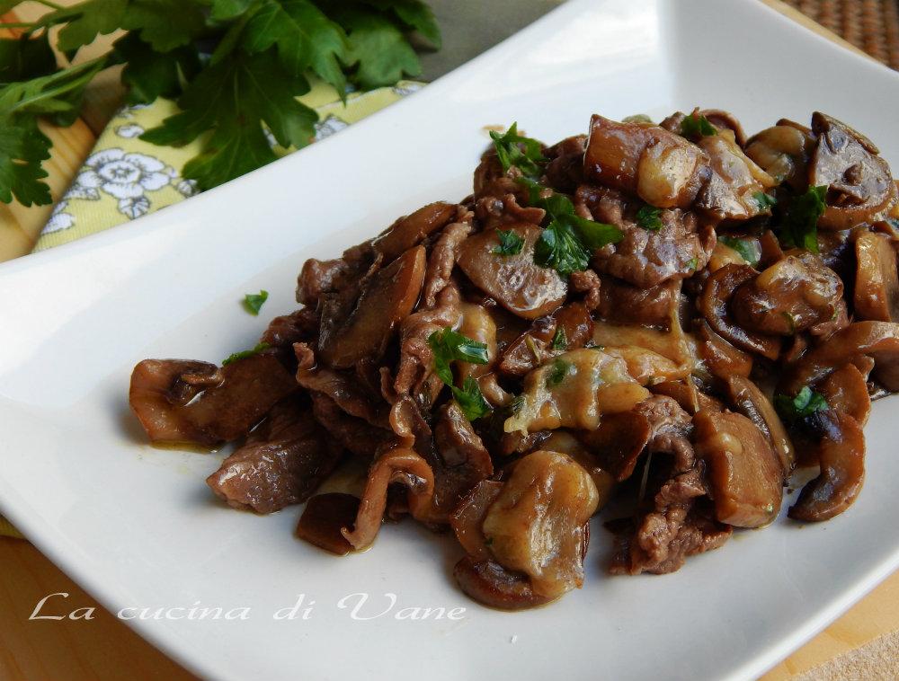 Ricetta carne di vitello con funghi