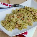 Pasta al pesto di pistacchi e salmone