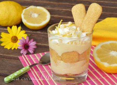 Tiramisù con crema al limone e cioccolato bianco