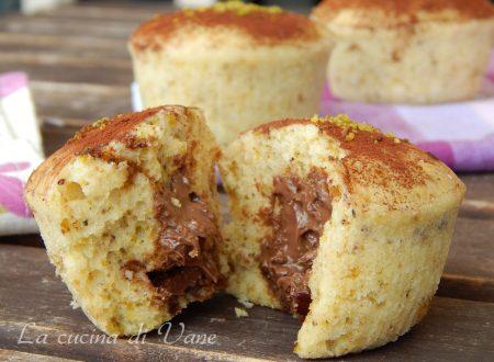 Muffin al pistacchio con cuore di nutella