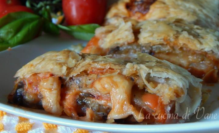 Rotolo di parmigiana in crosta