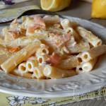 Pasta con ricotta salmone e limone
