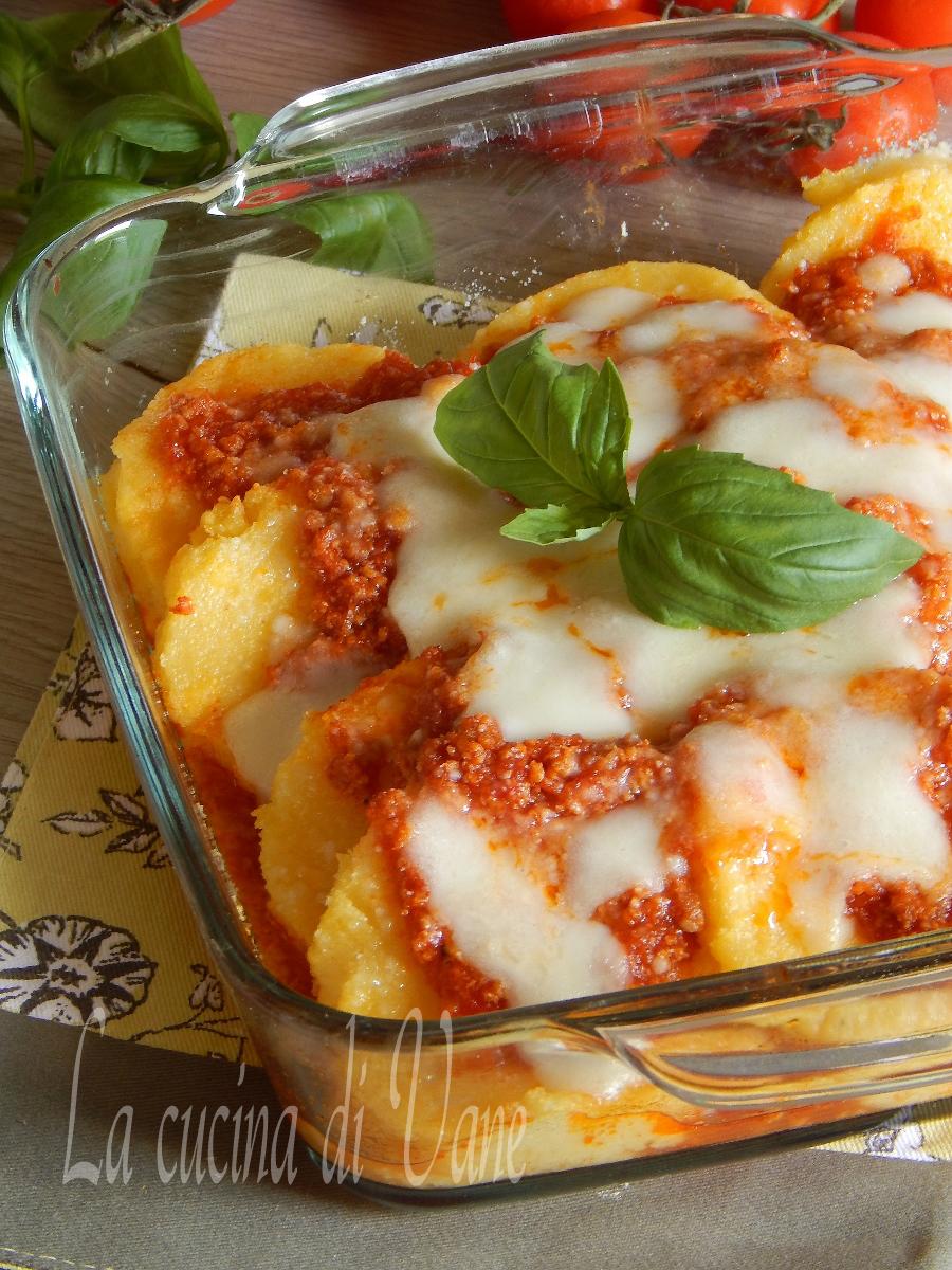 Timballo di polenta al forno - Ricette monica bianchessi pronto in tavola ...