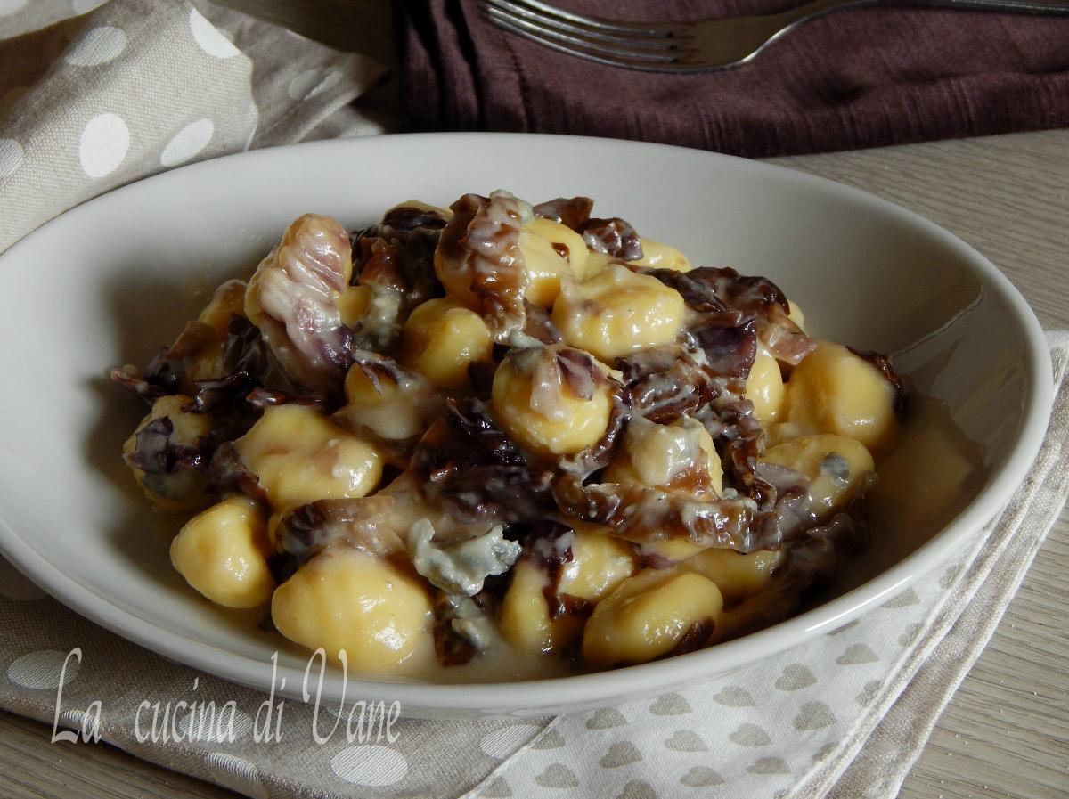 Gnocchi cremosi radicchio e gorgonzola