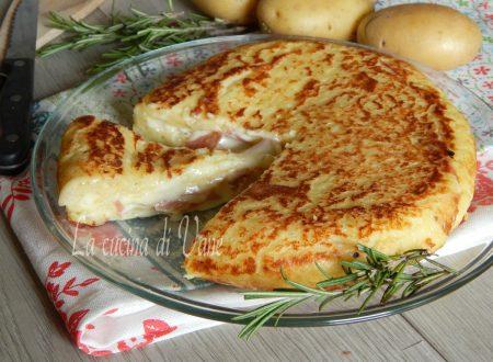 Torta di patate farcita in padella