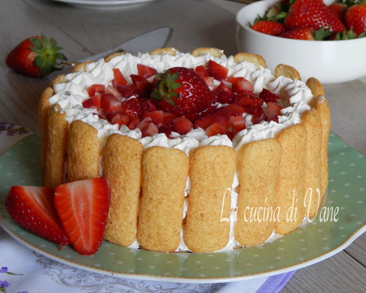 Torta fredda pavesini fragole e panna senza cottura - Come sostituire la panna da cucina ...