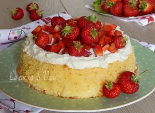 cheesecake soffice fragole e ricotta