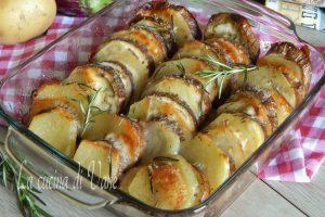 Melanzane e patate al forno con scamorza