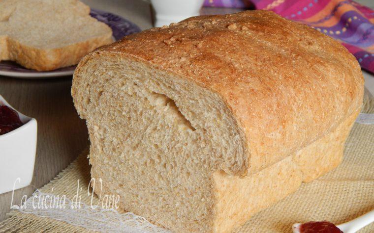 Pan bauletto ai cereali fatto in casa