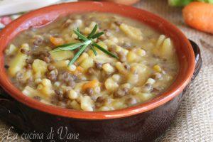 Minestra di patate e lenticchie