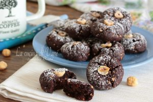 Nocciolotti biscotti nocciole e cacao