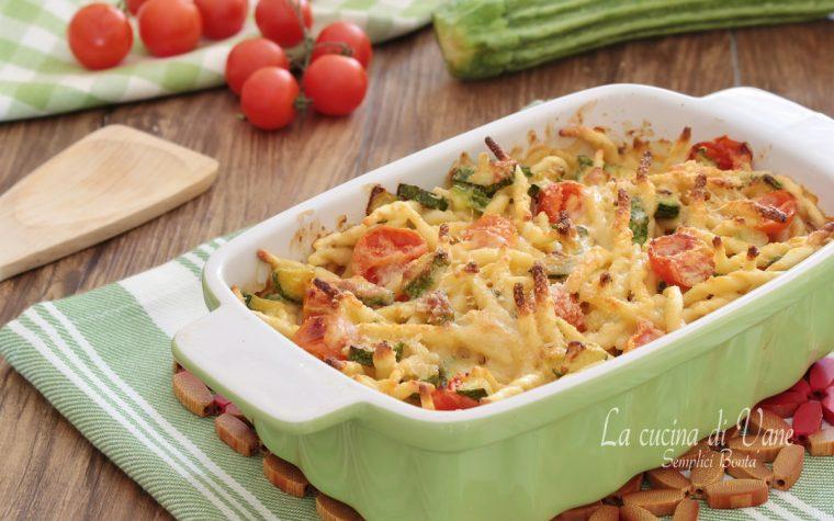 Trofie al forno con zucchine e pomodorini