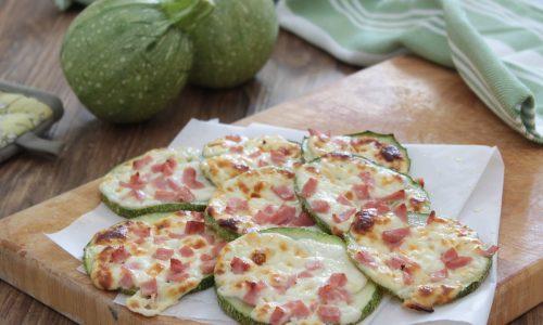 Zucchine gustose al forno con speck e stracchino