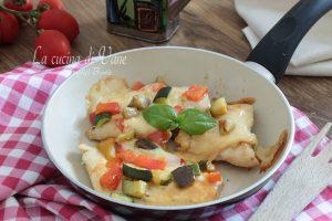 Pollo con scamorza e verdure ricetta gustosa
