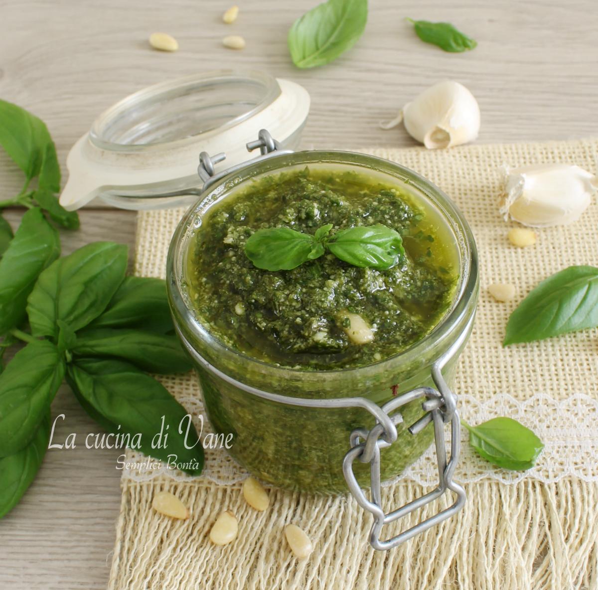 Ricetta Pesto Genovese Bimby.Come Fare Il Pesto Ricetta Con Bimby E Senza
