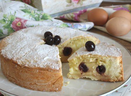 Torta pasticciotto con crema e amarene
