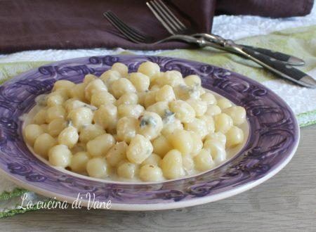 Chicche di patate stracchino e gorgonzola