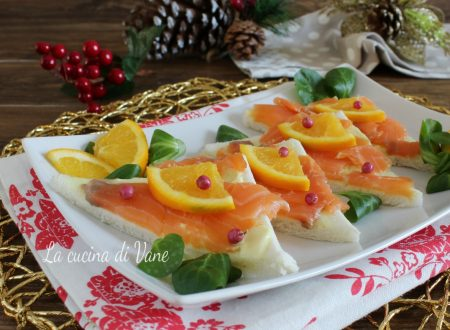 Tartine salmone arancia e pepe rosa antipasto di Natale