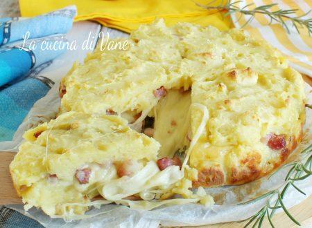 Torta di patate con scamorza e pancetta