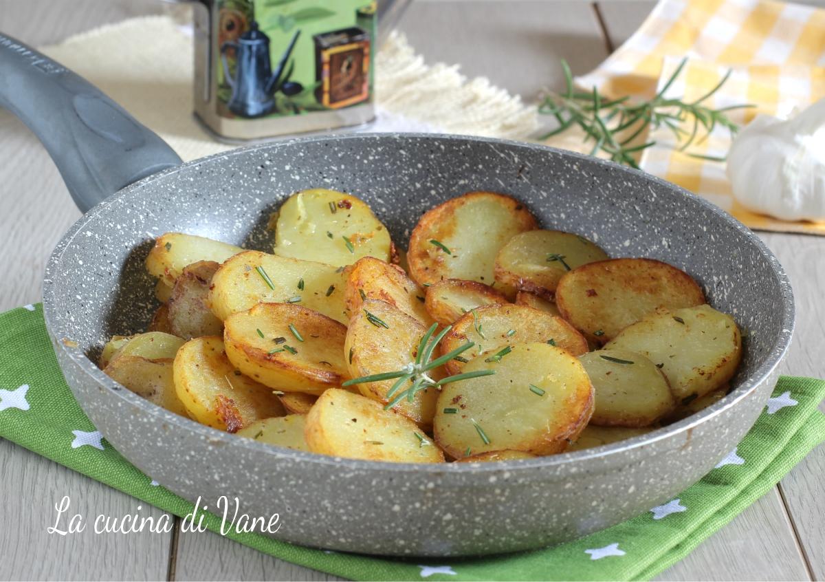 come fare patate arrosto in padella