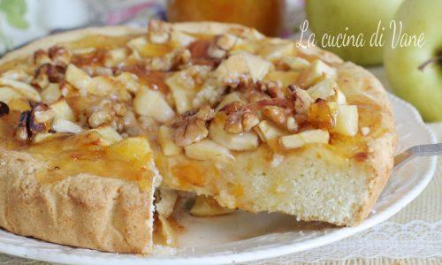 Crostata morbida con marmellata mele e noci