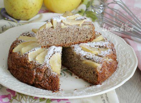 Torta di mele con farina di grano saraceno
