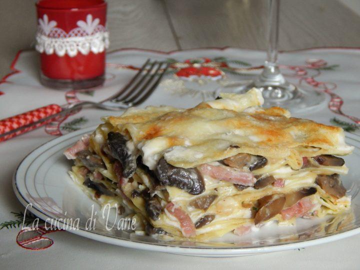 lasagne bianche funghi e speck cremose