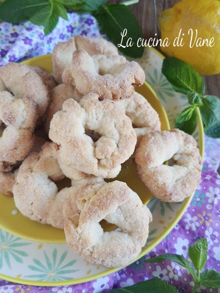 biscotti al limone senza burro e uova