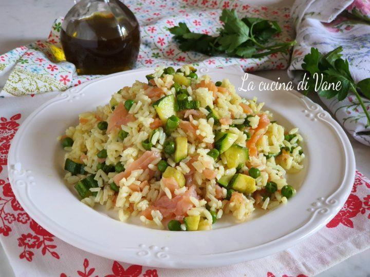 riso con zucchine salmone e piselli