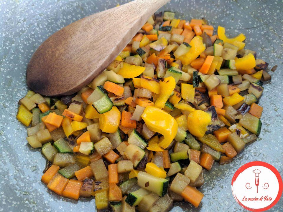 Polpette con riso venere e verdure