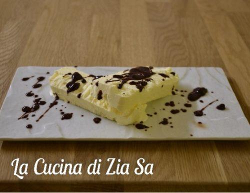 Semifreddo bianco con cioccolato fuso bimby