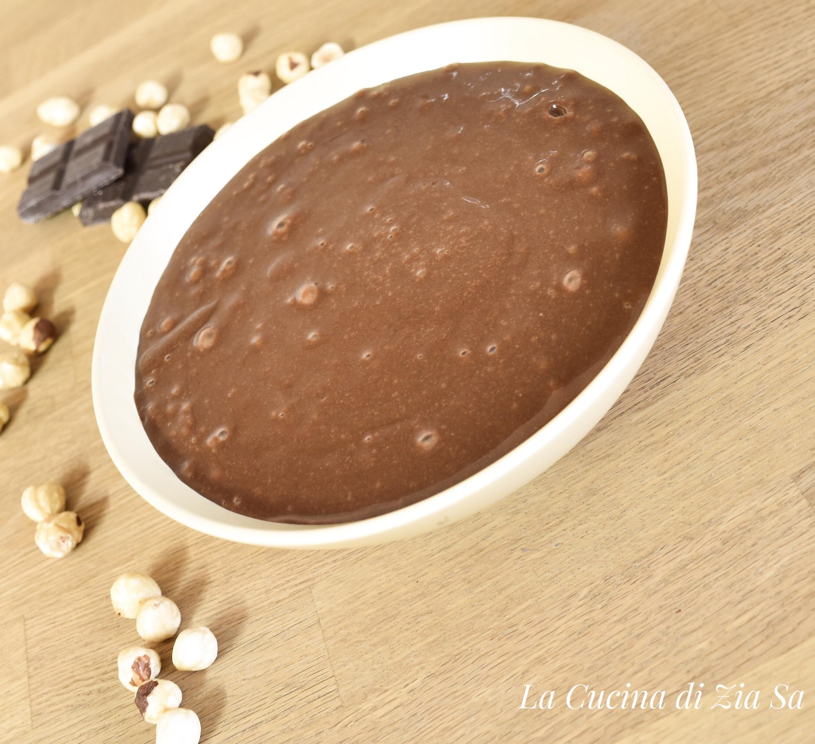 Ricetta Nutella Bimby Senza Zucchero.La Cucina Di Zia Sa Crema Alle Nocciole Bimby