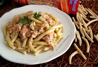 pasta salmone e stracchino ricetta