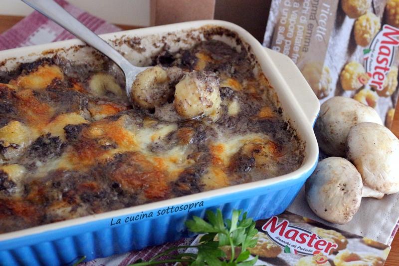 Gnocchi al forno con besciamella ai funghi