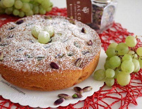 Torta soffice all'uva e pistacchi – senza burro