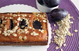 plumcake integrale con prugne e fiocchi d'avena